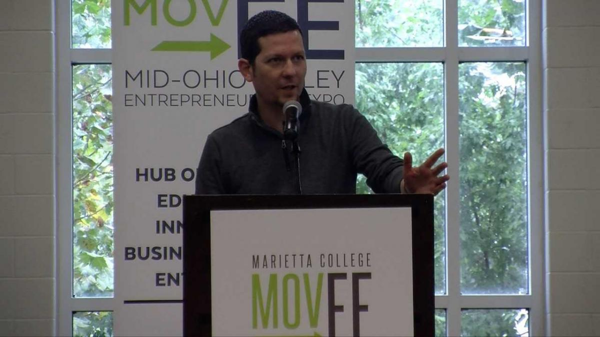 Drew Tanner speaks at Marietta College PioPitch on September 27, 2018