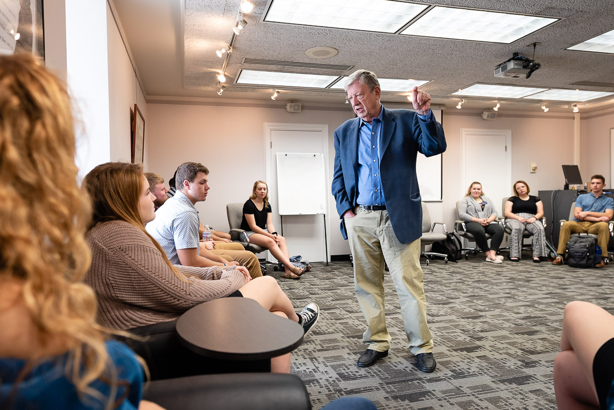 Veteran political, media and culture analyst Jeff Greenfield spent two days in October speaking to student, alumni and community groups on campus about the tumultuous activities of 1968.