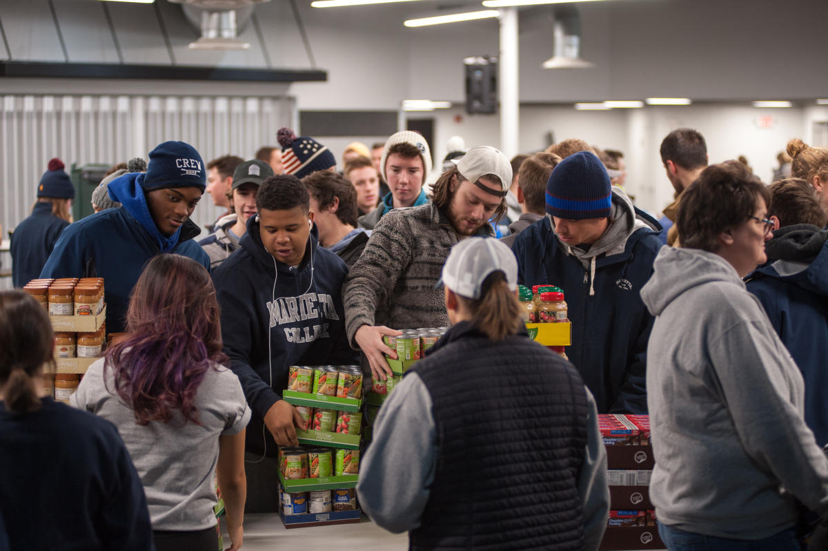 Marietta College students volunteering for the 2019 Day of Service