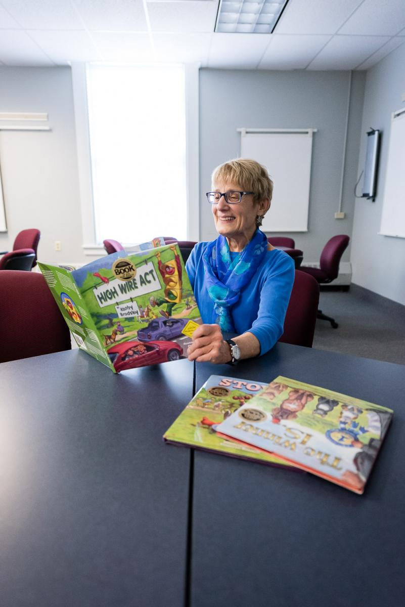 Kathy Brodsky '67 Reads one of her children's books