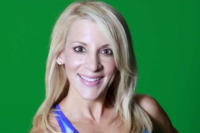 Julie Wilkes headshot