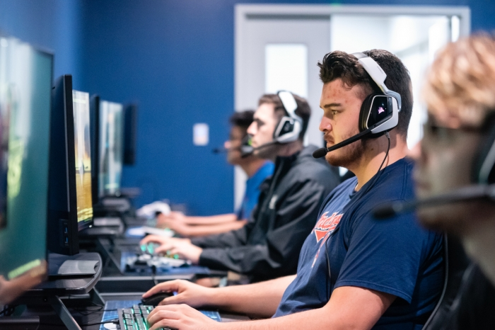 Lucas Danford '20 practices eSports gaming with teammates