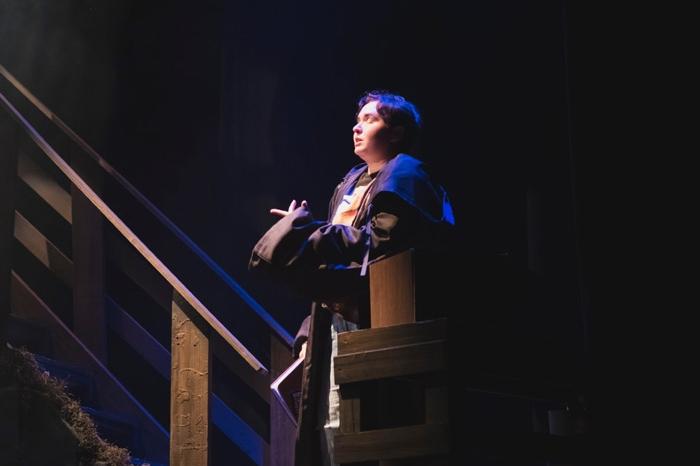 Gwen Sour performing