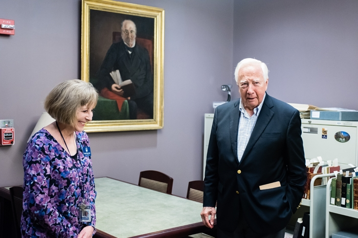 Author David McCullough with Linda Showalter