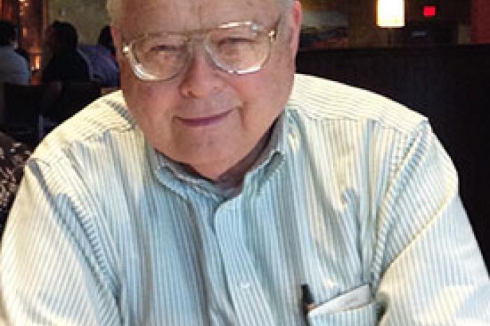 Headshot of Thomas Greenslade of Kenyon College