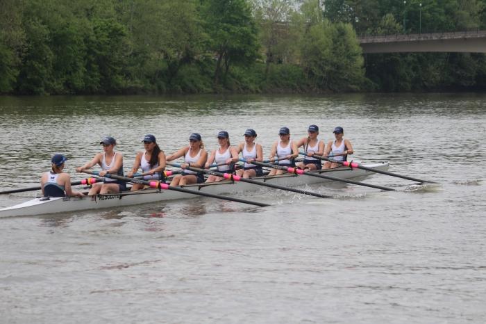 women's crew rowing on the Muskingum