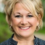 Debbie Wayland headshot