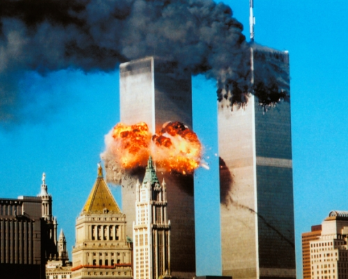 Plane crashes into Twin Towers