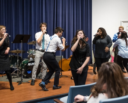Floodstage performing in McDonough