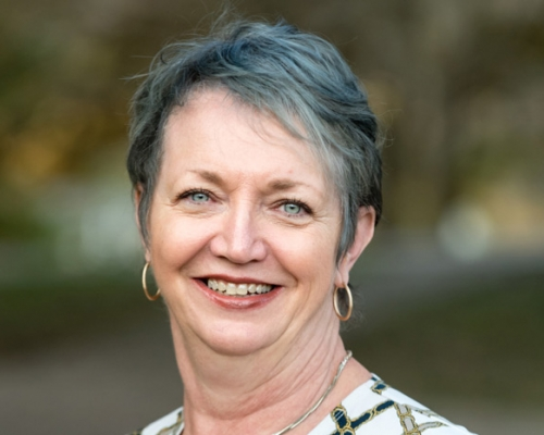 Linda Lockhart headshot
