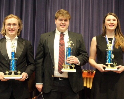 Top three placers in the vocal division
