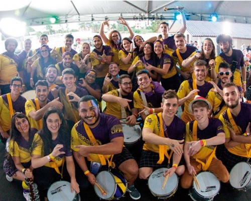 Bateria band members posing for a photo