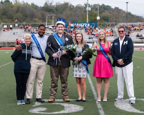 2017 homecoming royalty on the field