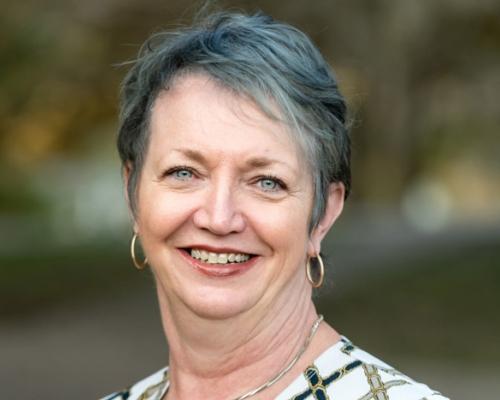 Linda Lockhart head shot