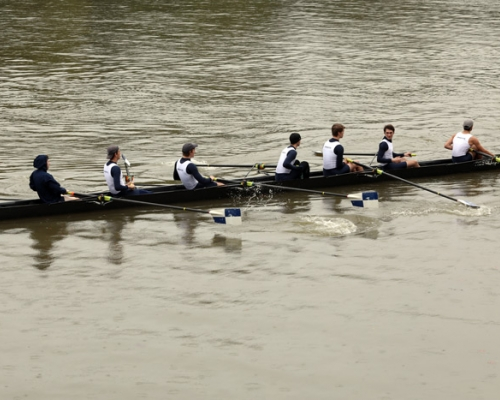 Men's Varsity 8 on the Muskingum River