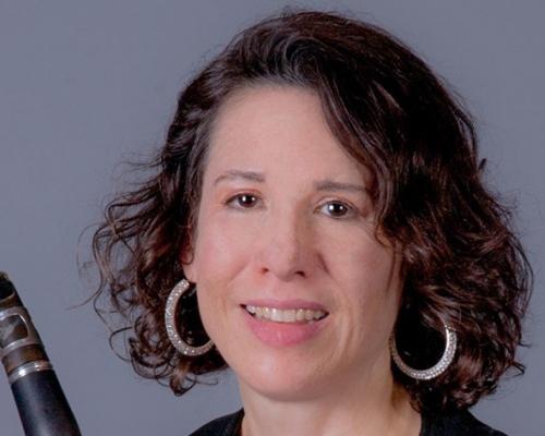 Rebecca Rischin headshot