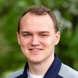 Jared Bloomfield headshot