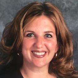 Kirsten Goeller headshot