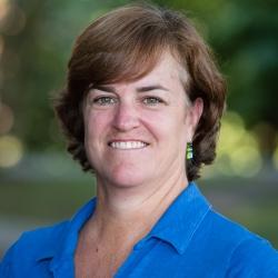 Sue Hiser headshot
