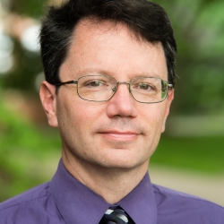Dennis Kuhl headshot