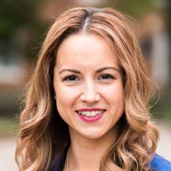 Stephanie Peloquin headshot