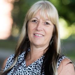 Michelle Schilling headshot