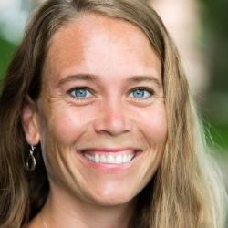 Jaclyn Schwieterman headshot